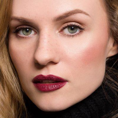 Elegancki makijaż klasyczny