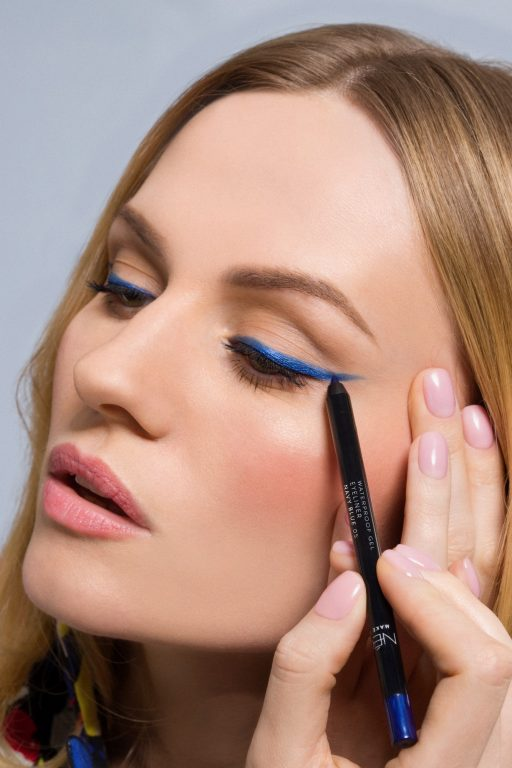 Makijaż Blue Cat Eye